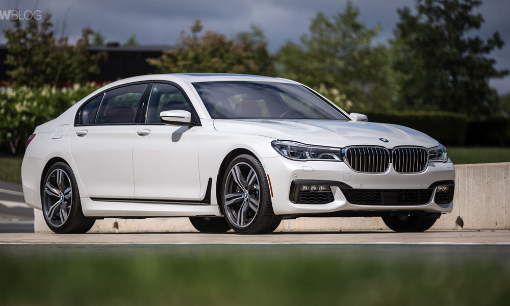 BMW 7 luxury car